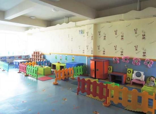 武汉光谷新世界精博幼儿园 /Wuhan Hongshan Kindergarten